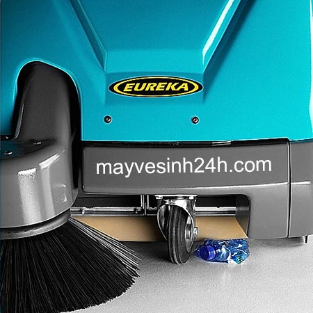 Máy quét rác Kobra 550 EB