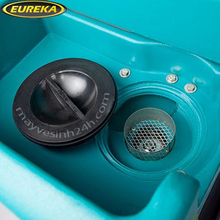 Máy chà sàn liên hợp ngồi lái Eureka E83
